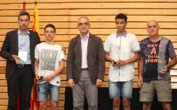 L'Adam Avila Llorens, guardonat com el millor atleta català del 2015 per la Federació Catalana d'Atletisme