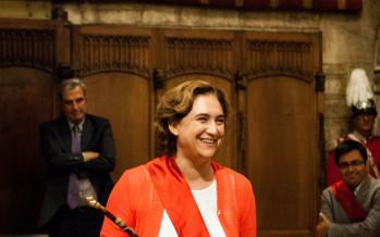 Ada Colau respon a les crítiques i defensa que el seu marit no ha estat contractat per l'Ajuntament