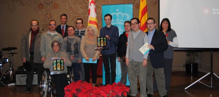 L'associació de disminuïts de Sants Montjuïc i Oleguer Forcades guardonats amb els premis Sants Montjuïc 2013