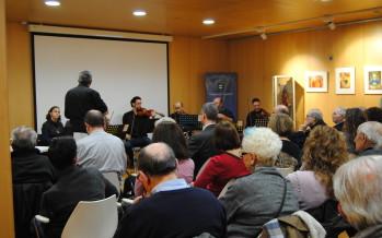 """S'inaugura l'exposició """"El cos i l'art"""" a la Biblioteca Francesc Candel"""