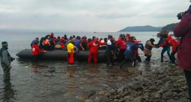 Els voluntaris es posen davant de la vergonyosa gestió europea