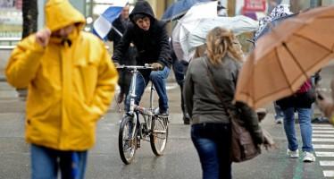 L'Ajuntament informa: Barcelona desactiva el Pla Bàsic d'Emergència municipal per ventades i manté l'alerta pel mal estat de la mar