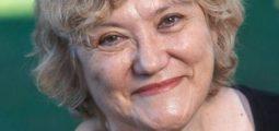 Isabel-Clara Simó presentarà una selecció de poemes inèdits a la Biblioteca Francesc Candel