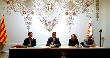 La restaurada sala de plens del Districte de Sants-Montjuïc celebra el seu centenari