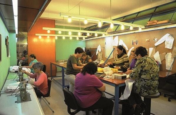 El Casal de Barri La Vinya acull un taller de creació tèxtil